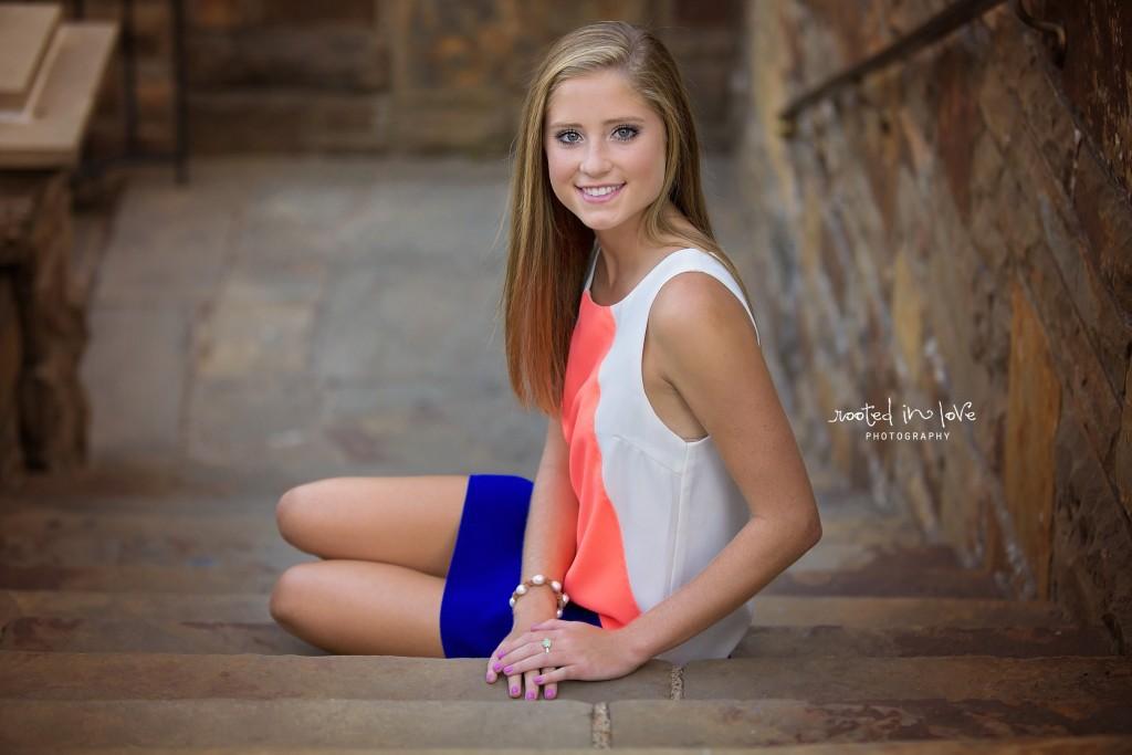 Lilli's senior photos