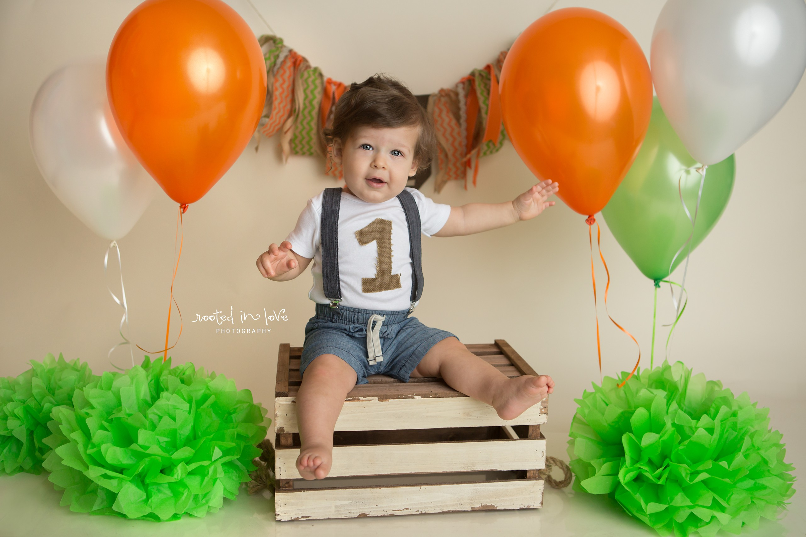 Anderson is ONE!   Fort Worth cake smash session