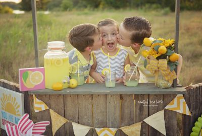 Lemonade mini sessions