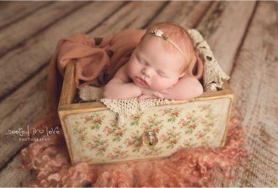 Eloise's newborn session